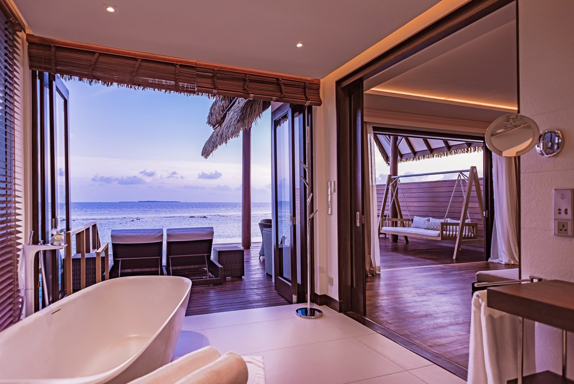 Luxury Bathroom with a view at Heritance Aarah