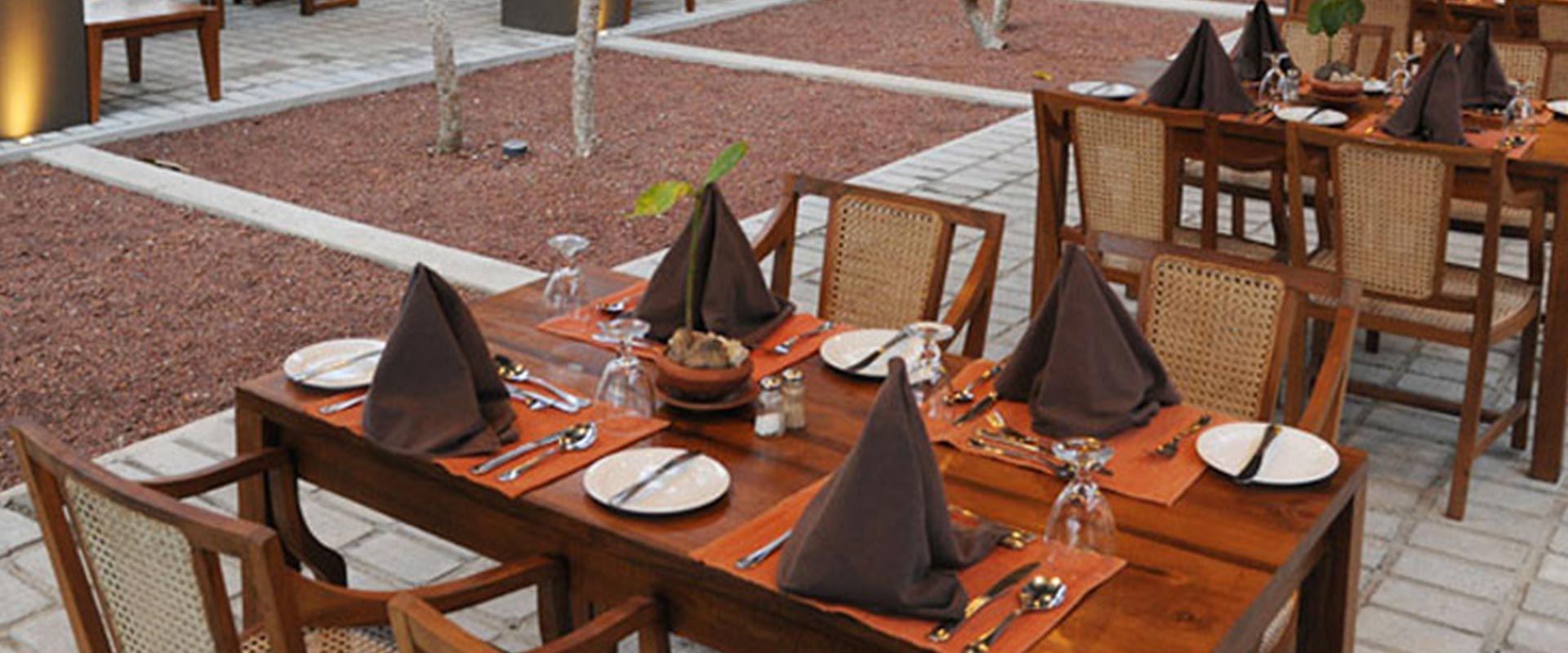 Dining tables at Heritance Ayurveda